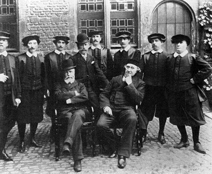 Museum Staff, 1902, Museum Monday, Plantin Moretus Museum, social media, virtual tour, museum experience
